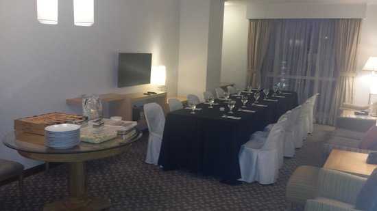 The Linden Suites: Dining set up at the living/dining area. Party for twelve.