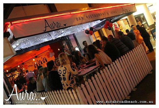 Aura Broadbeach : Outdoor Dining Area