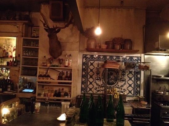 Freemans Restaurant : cuisine ouverte sur la salle