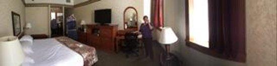 Drury Inn & Suites San Antonio Riverwalk: Room