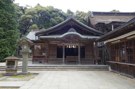 Hirahama Hachiman Shrine: 武内神社