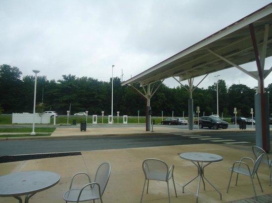 Delaware Welcome Center Travel Plaza: Parte externa