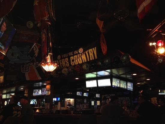 Oscar's: Steelers Country