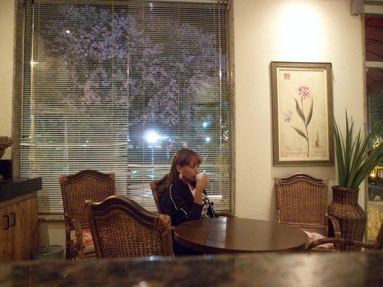 Hotel Montana: sala de café