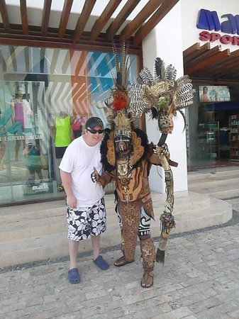 Barcelo Maya Tropical: Photos by Donation in Playa Del Carmen (I gave him $5 US)