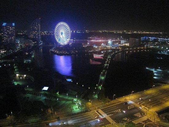 New Otani Inn Yokohama Premium : 港側の夜景