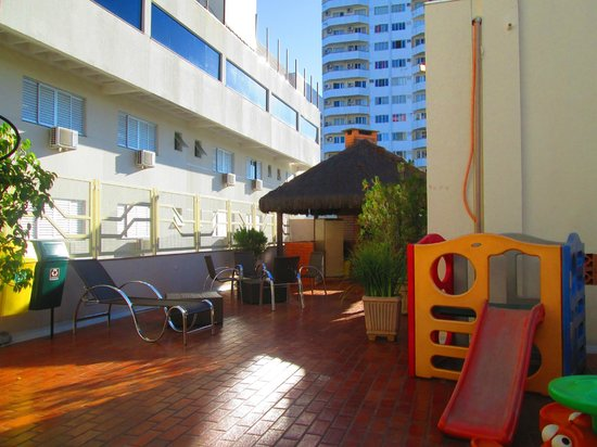BEST WESTERN Taroba Hotel: Playground na cobertura