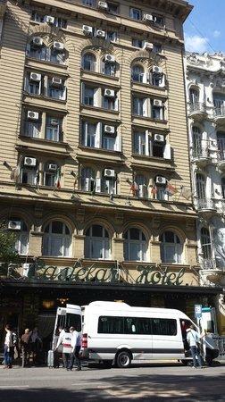 Castelar Hotel & Spa: Street view