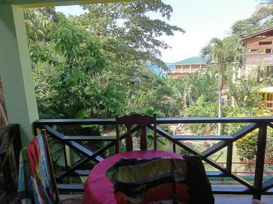 Sealevel Guesthouse : 1 1/2 minutes to the beach