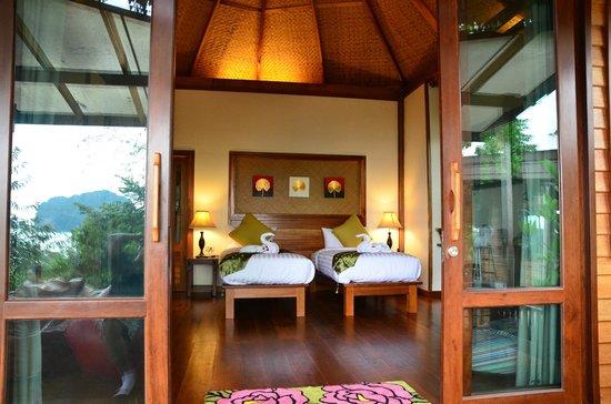 Khaothong Terrace Resort : Deluxe Seaview