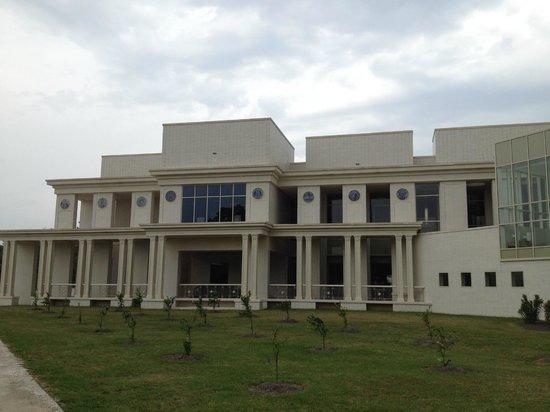 Beauvoir: The Jefferson Davis Presidential Library