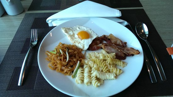 Novotel Bangkok Platinum Pratunam: breakfast