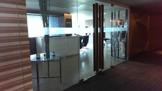 Novotel Bangkok Platinum Pratunam: Premier Lounge