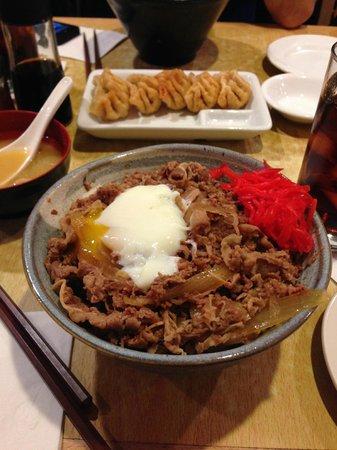 Sapporo Restaurant : Gyu-don and Gyoza