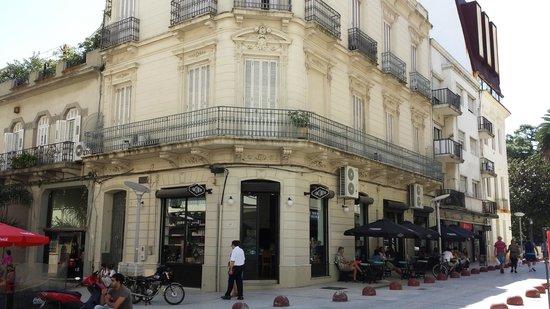 Jacinto cafe & restaurant: Historic building beautifully renovated