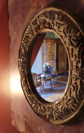 Manoir de la Malartrie : Our room 'Castelnaud' very exotic
