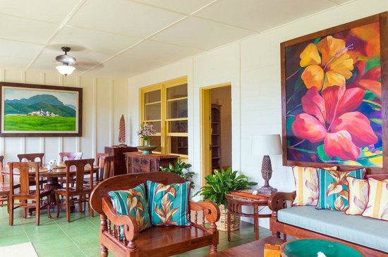 Poipu Plantation Resort: B&B common area