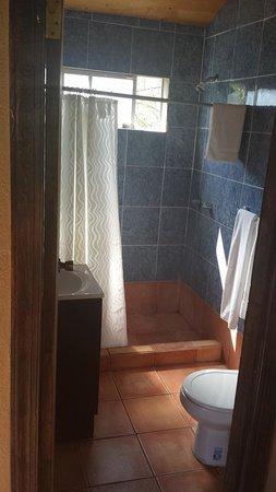 Casa Encinares Bed and Breakfast: bathroom