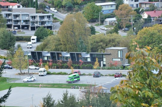 Queenstown Park Boutique Hotel: View of Hotel from Gondola