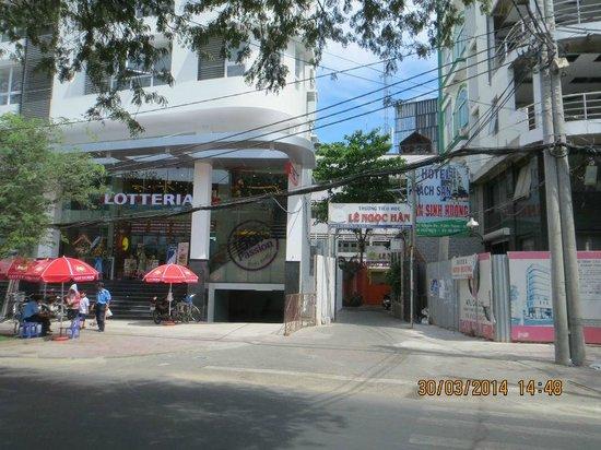 Tan Sinh Huong Hotel