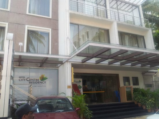 Hotel City Centre Residency: The front view of the Hotel