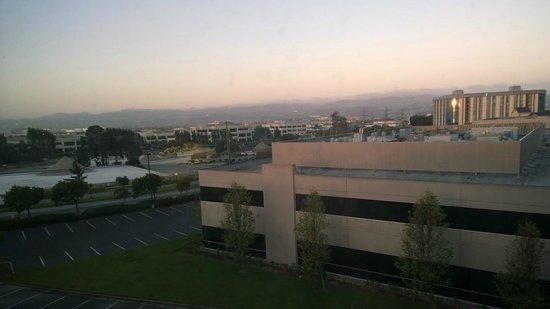 Hilton Garden Inn San Francisco Airport / Burlingame: View