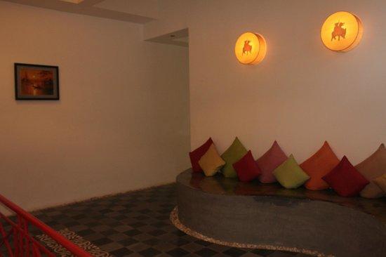 Villa Medamrei: 2nd storey sitting area