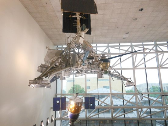 Museo Nacional del Aire y el Espacio: Lunar Vehicle
