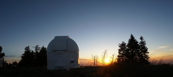 Mt. Lemmon SkyCenter Observatory: Sunset @ the skycenter