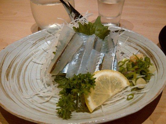 Sushi Tei - Ngee Ann City : sayori (halfbeak)