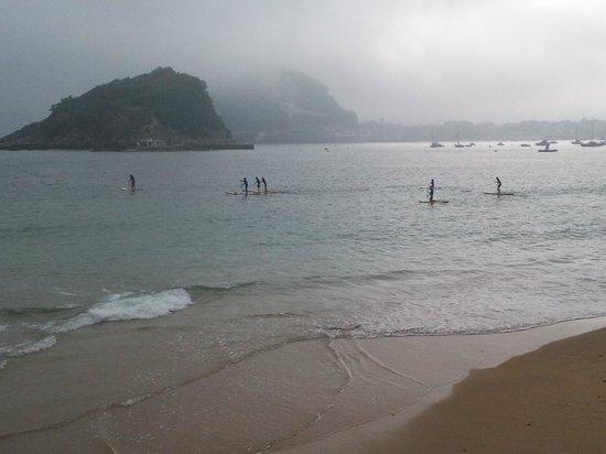 La Concha Beach : La Concha, deportes acuáticos