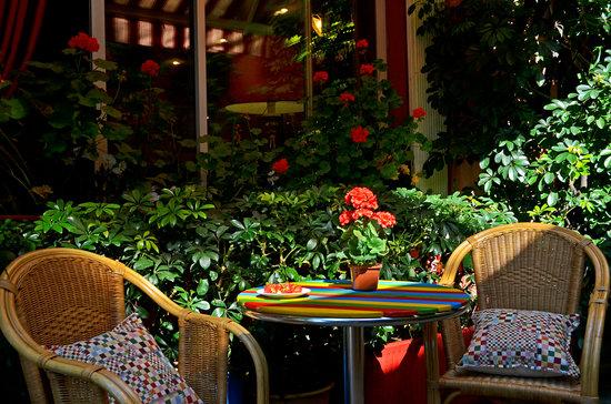 Miro Hotel : piccolo tavolino