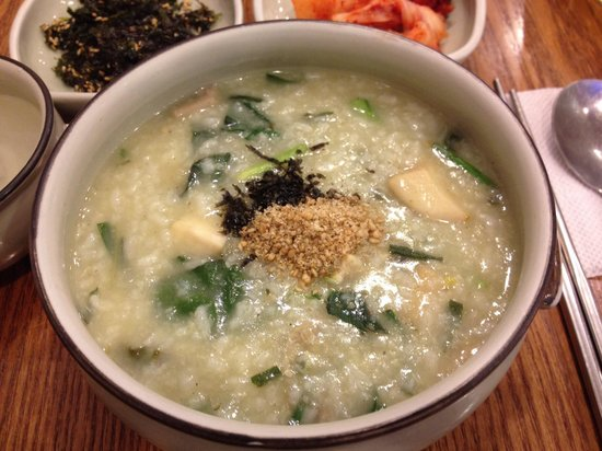 Myongdong Yongyang Juk : 牡蠣とキノコのお粥☆