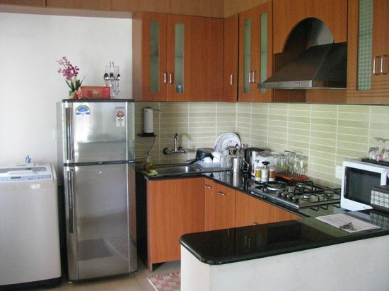 LakeRose: well equipped kitchenette