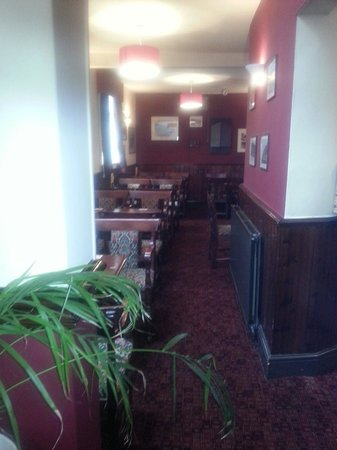 Queen Victoria Pub & Restaurant: The pantry area notice the new carpet lovely and soft