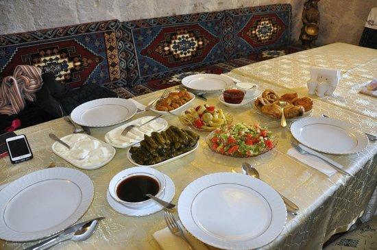 Айвали, Турция: The first half of lunch!
