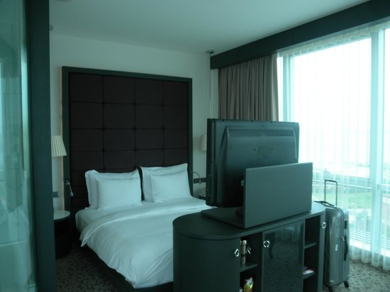 DoubleTree by Hilton Istanbul - Moda: The room