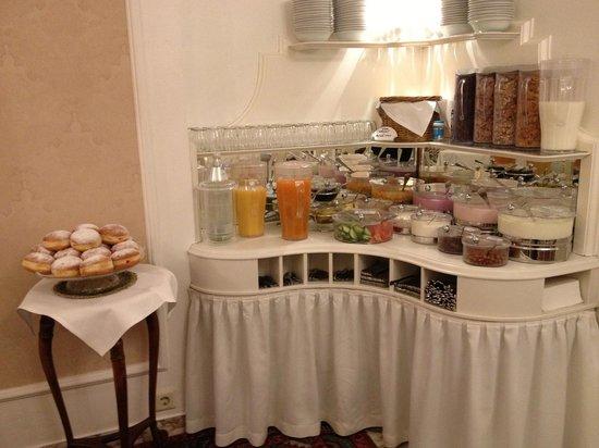 Savoy Hotel Vienna: Завтрак