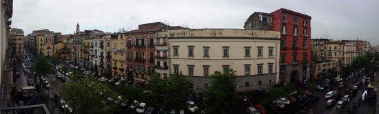 Palazzo Caracciolo Napoli MGallery by Sofitel: Vista dalla camera. ..