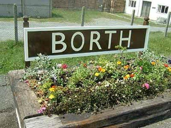 Borth Station Platform