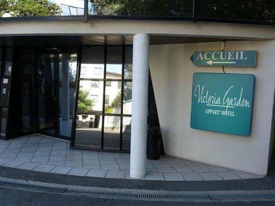 Appart'hôtel Victoria Garden Bordeaux: Entrée de la réception