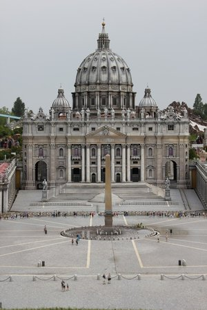 Italy in Miniature : Città del Vaticano: la Basilica di San Pietro