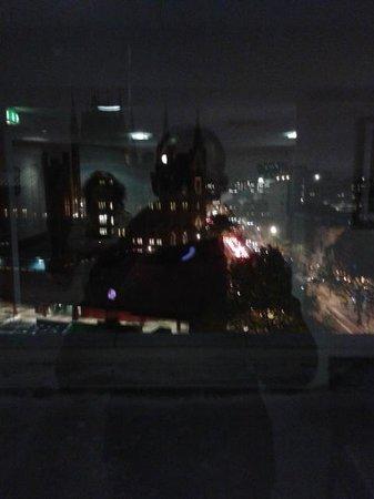 Pullman London St Pancras Hotel : vue depuis le couloir du 7ème étage