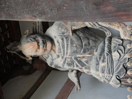 Horyuji Temple: 仁王像