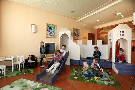 JUFA Hotel Lungau: Playroom for kids