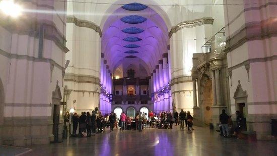 Nordiska museet: Stora salen i entréplan