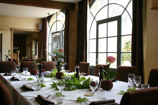 Villa Fol Avril : Salle à manger / Dining room