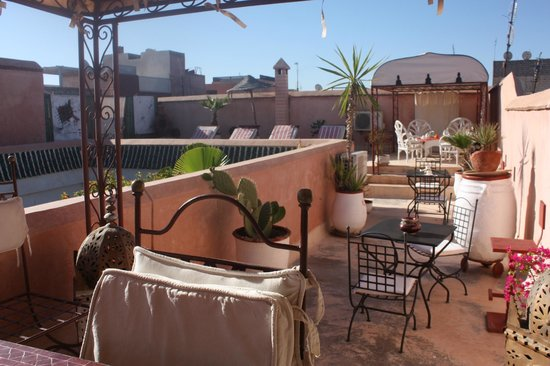 Ryad Noura : Rooftop terrace