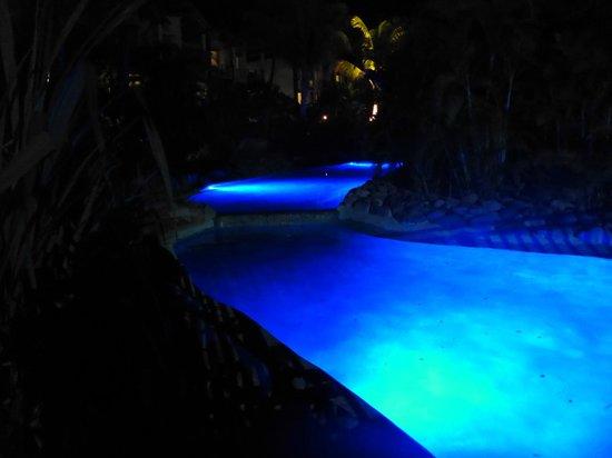 Radisson Blu Resort Fiji Denarau Island: Water surrounding Harmony Retreat Spa at night