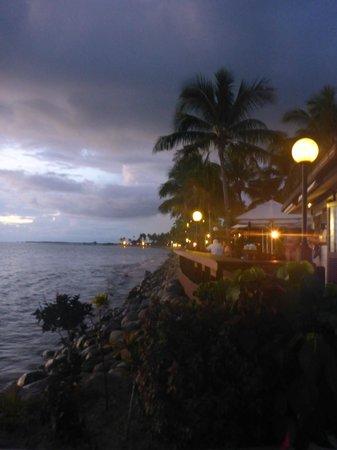 Radisson Blu Resort Fiji Denarau Island: Looking past Neptunes